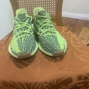 Yeezy 350 frozen yellow size 13 no insole